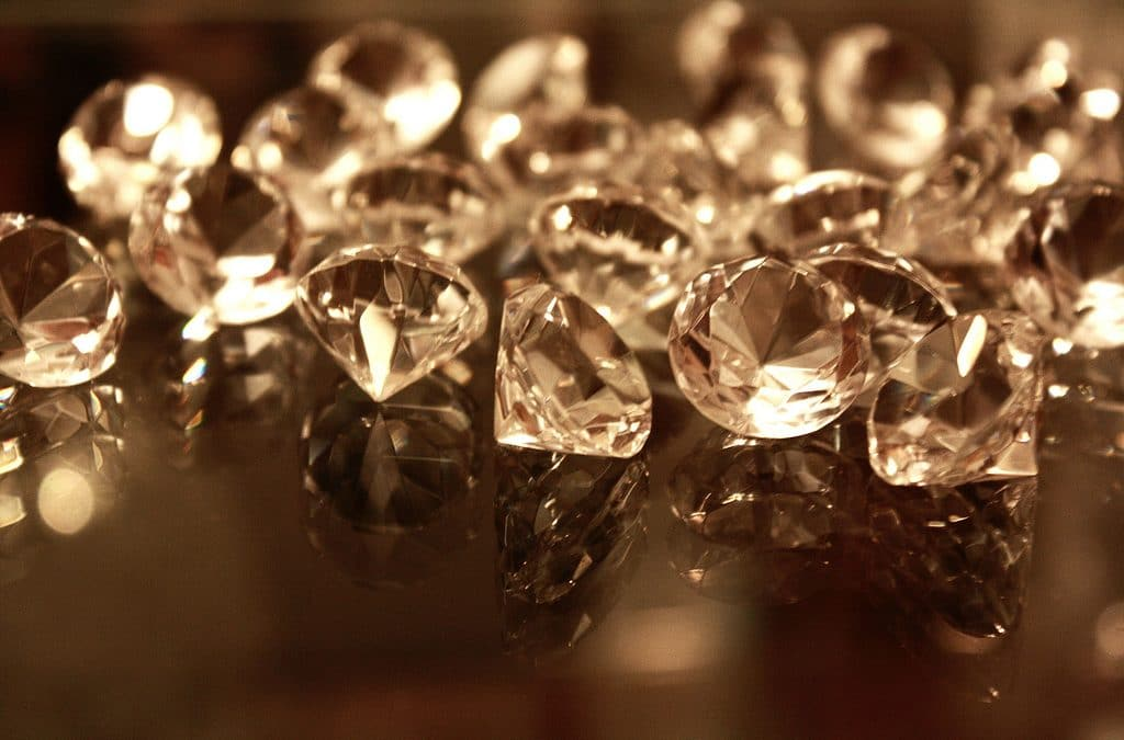 Must-Know Tips Before Buying Loose Diamonds