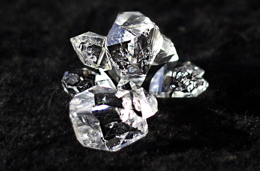 Diamond Buying Guide: Certified Diamonds