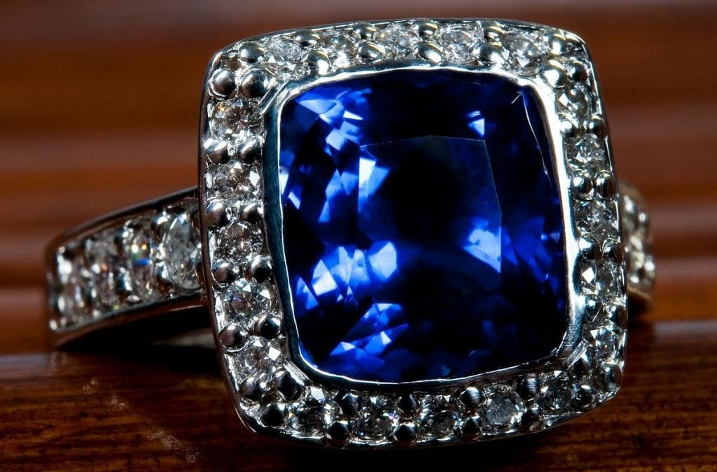 Blue Diamond Engagement Rings – A Possibility for All Brides