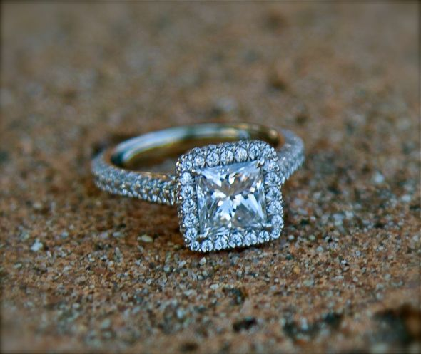 A Loose Diamond In Your Ring How To Fix And Prevent
