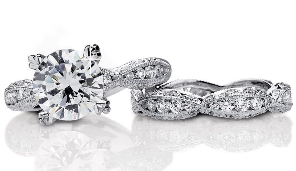 How to choose a wedding ring that suits your engagement ring
