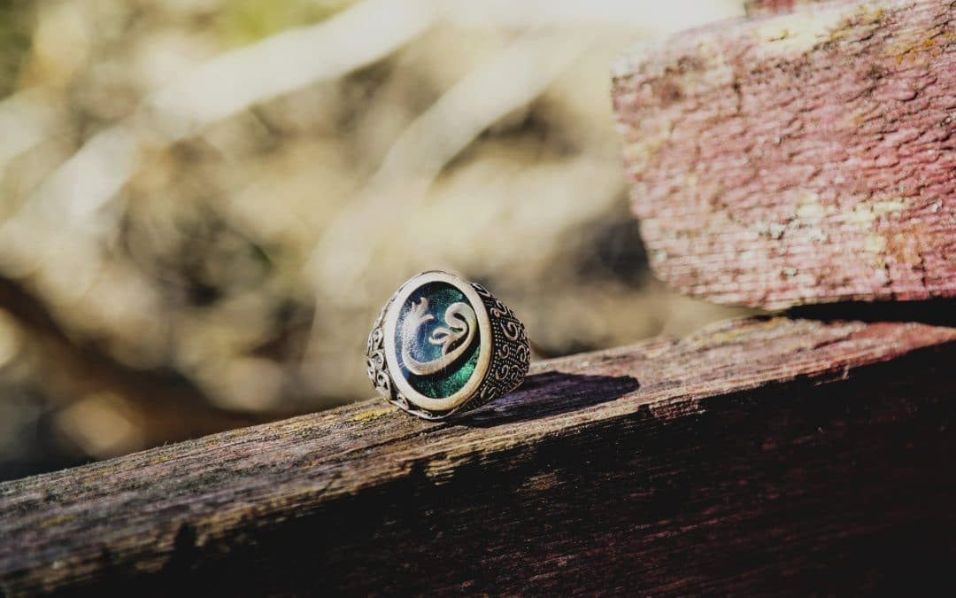 Emerald Engagement Rings: The Perfect and Unique Choice for the Modern Woman