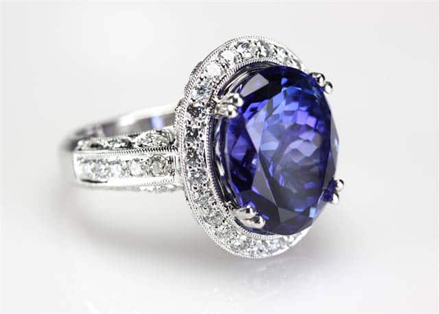 Sapphire_Diamond_Engagement_Ring