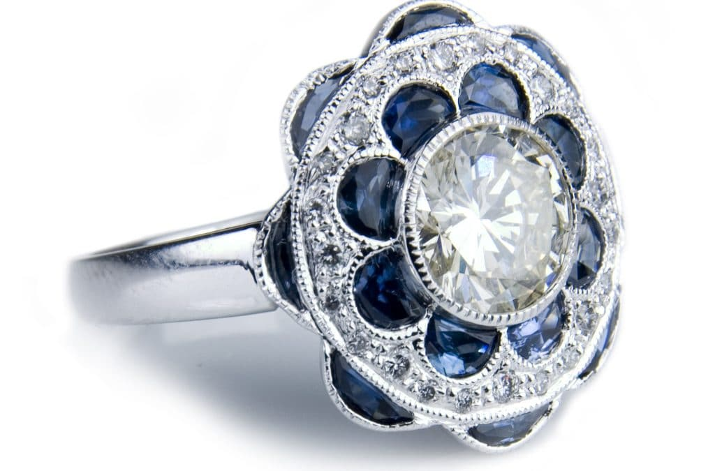 Antique Ring Style Guide: Your Most Charming Options