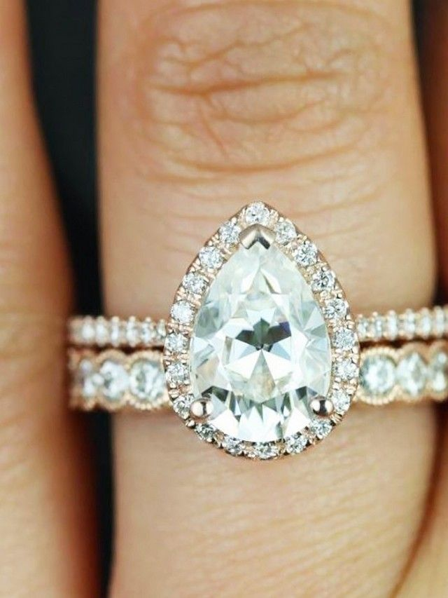 Pear Shaped Diamond Jewelry What Should You Consider