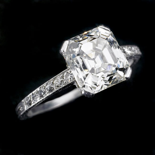 What Is a Radiant Cut Diamond and How Do We Pick One?
