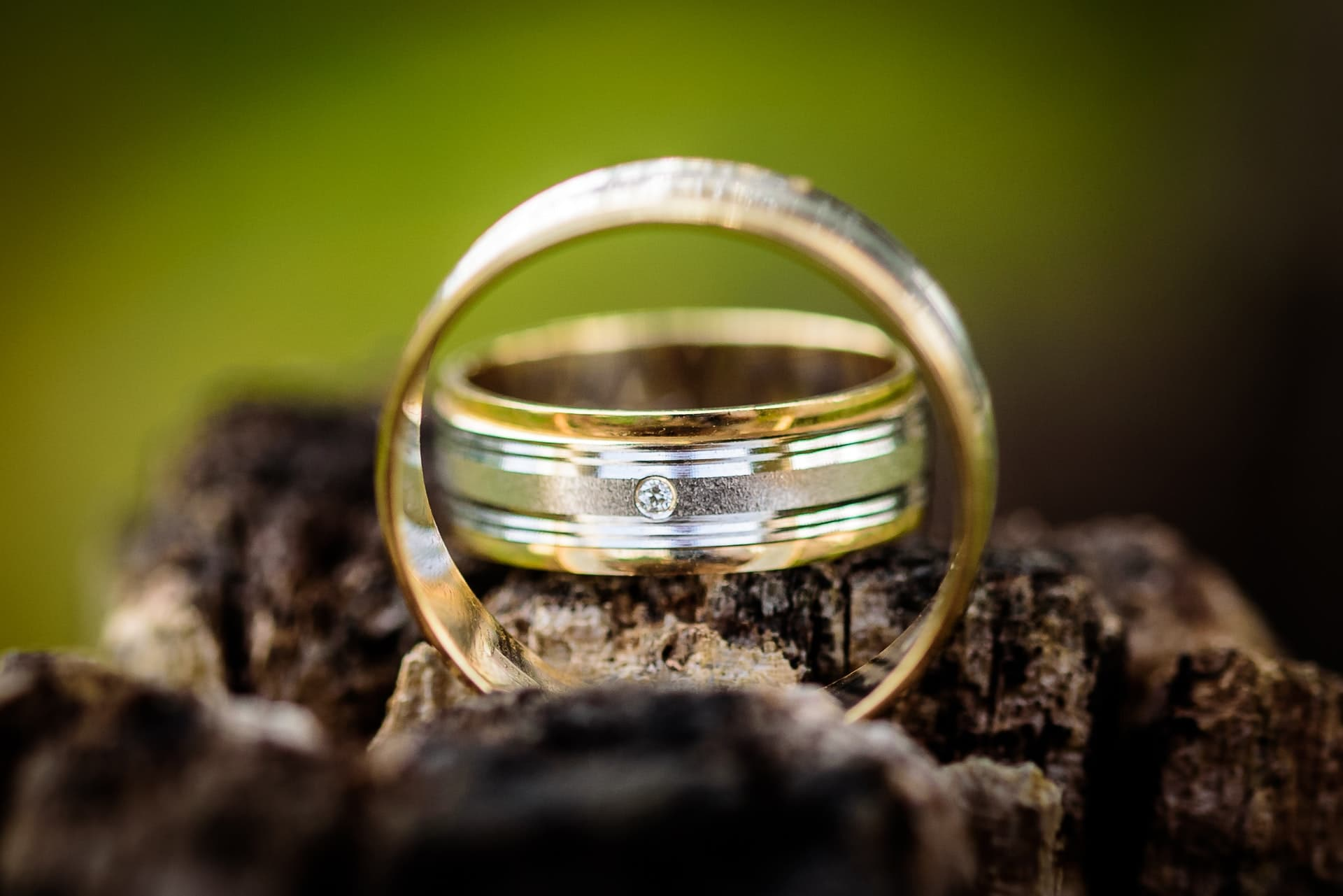 How To Clean A Diamond Ring: 6 Methods Safe To Try