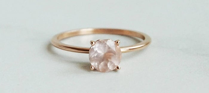 Solitaire 6 mm Rose Quartz Ring