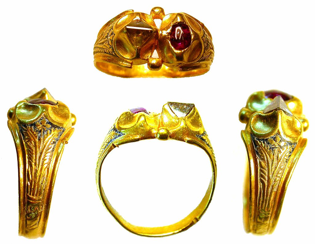 medieval diamond and gold ring